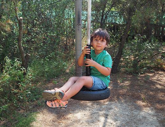 https://granjaaventurapark.com/wp-content/uploads/GRA_Fotos_carrusel_Granja_Aventura_Park_actividades_aventura_circuito_entre_arboles_535x411_04.jpg