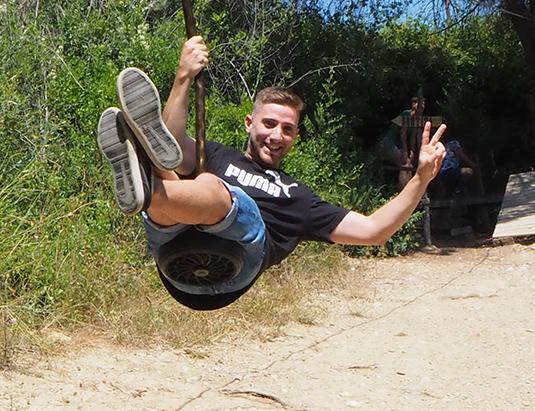 https://granjaaventurapark.com/wp-content/uploads/GRA_Fotos_carrusel_Granja_Aventura_Park_actividades_aventura_tirolines_535x411_02.jpg