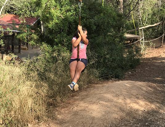 https://granjaaventurapark.com/wp-content/uploads/GRA_Fotos_carrusel_Granja_Aventura_Park_actividades_aventura_tirolines_535x411_06.jpg